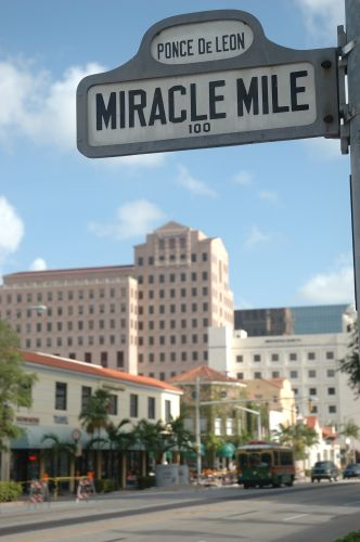 miracle mile coral gables fl
